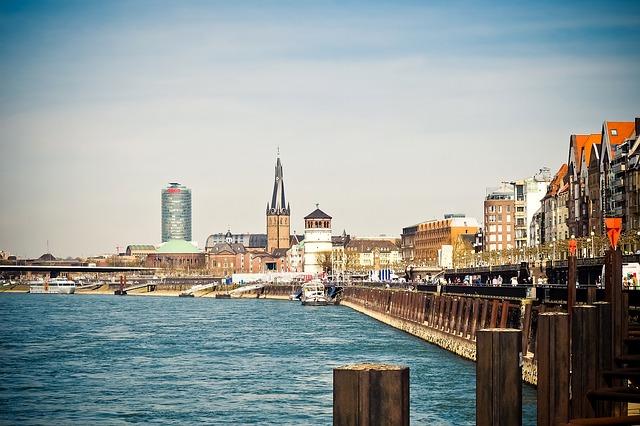 Düsseldorf droht Verkehrskollaps – Stadtforscher rät: Investiert in Duisburg!