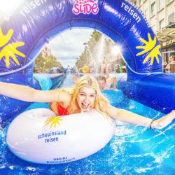 XXL Riesenwasserrutsche in der Duisburger Innenstadt